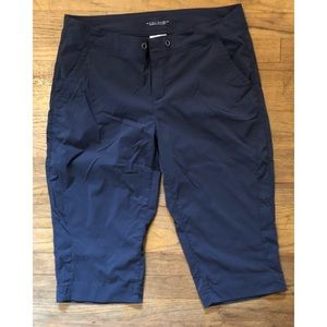 Columbia advanced repellency cropped hike pants